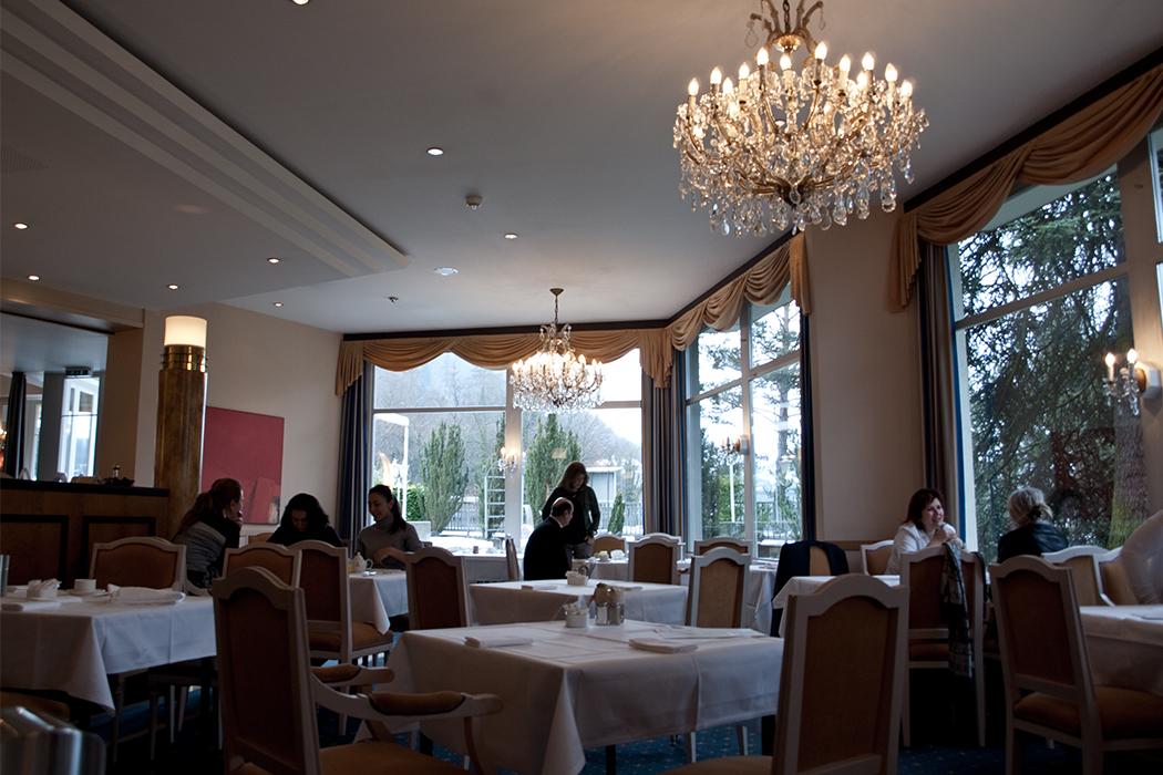 Lindner Hotel Beau Rivage Interlaken Frühstückssaal