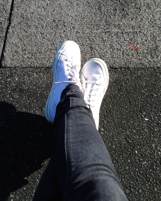 Black and white Supergas