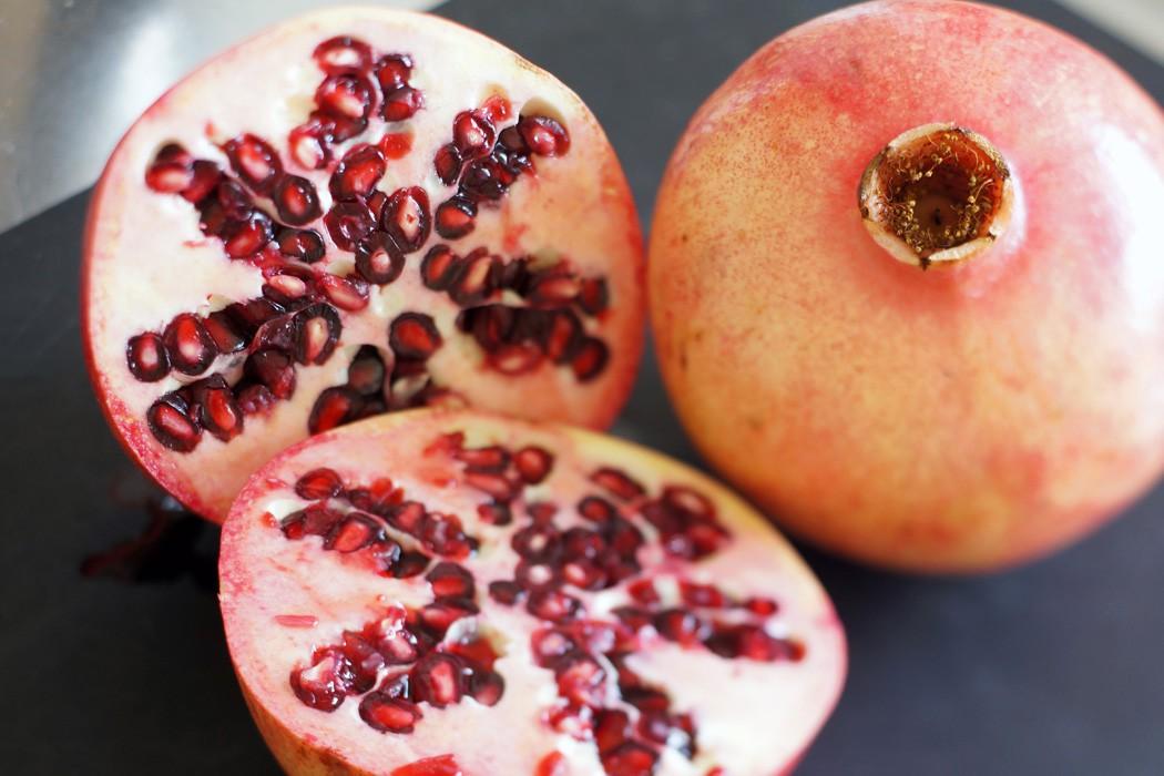 Granatapfel schälen